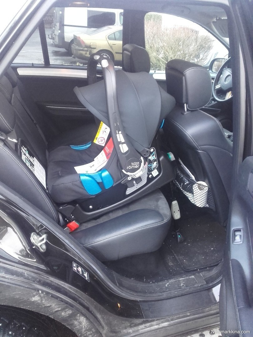 for sale britax r mer kaukalo isofix telakka 120. Black Bedroom Furniture Sets. Home Design Ideas