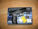 P66 Compact airsoft pistooli .