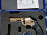 Smith & Wesson Co2 revolveri
